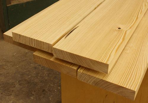 gỗ thông vàng